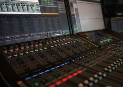 Tontechnik: Livekonzerte und Studioaufnahmen